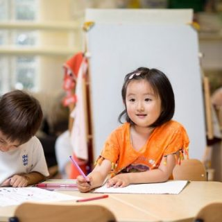 Choosing-local-kindergarten-in-China-Multicultural-kids-in-a-classroom-pre-school-691x460